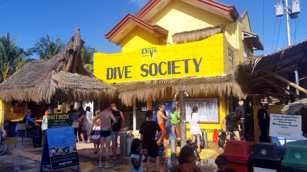 Dive Center Dive Society Malapascua
