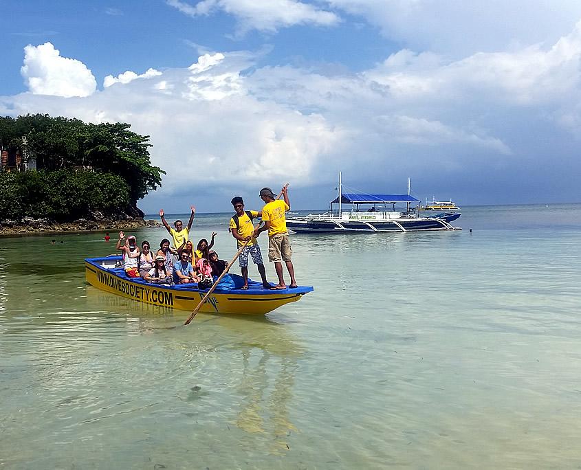 Flatboat Dive Society Malapascua