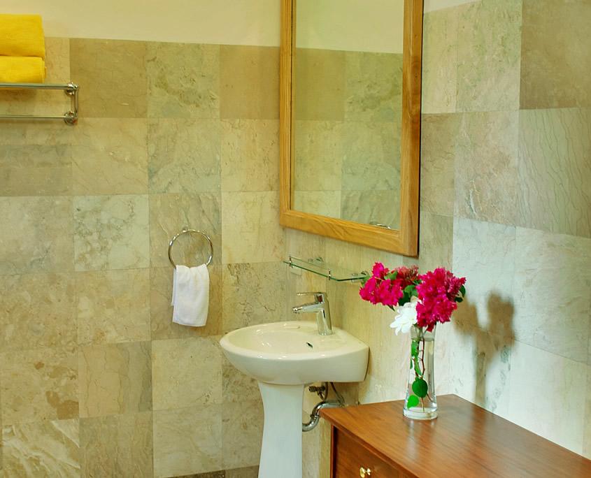 Bathroom Classic Room Sea Dream Resorts