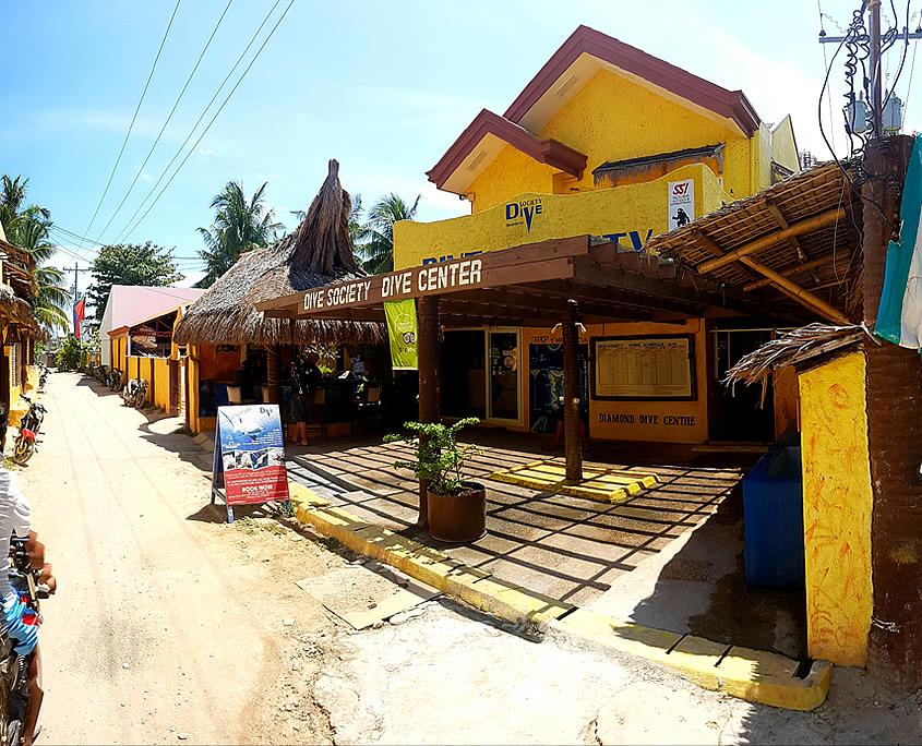 Dive Center Dive Society Malapascua